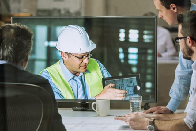 ingenieurs werken samen met Microsoft Teams