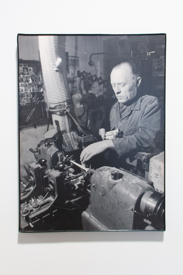 historische kwasten productie - archiefbeeld van Van Dams kwastenfabriek - Culemborg